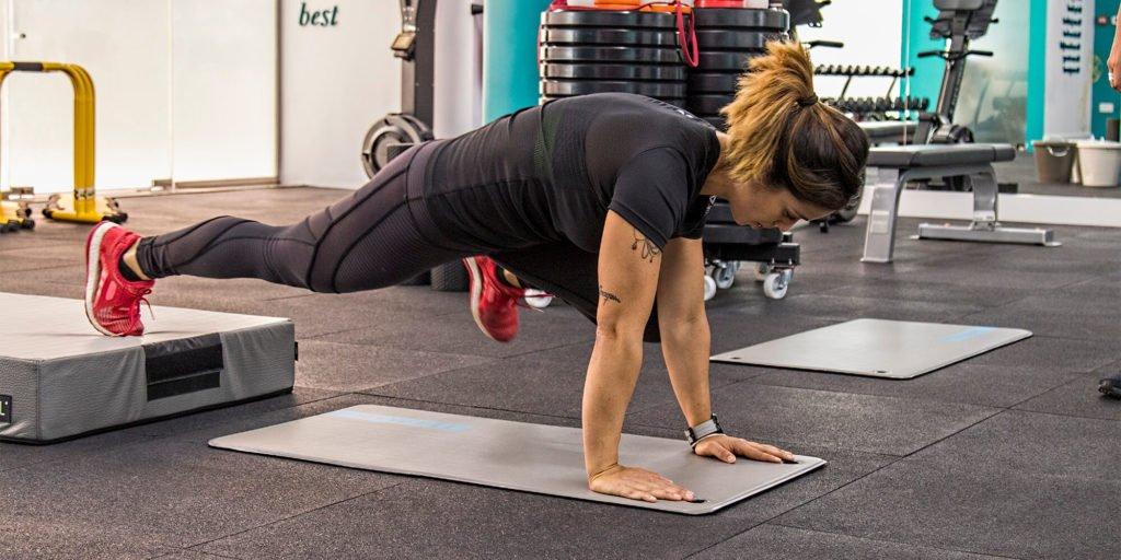 curvalicious ladies gym dubai core strength back health