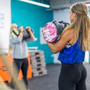 curvalicious ladies gym dubai glutes lower body tips